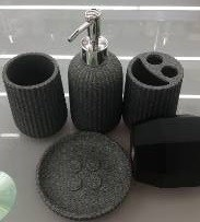 Accessoires SDB  Porcelaine Noir 4pcs