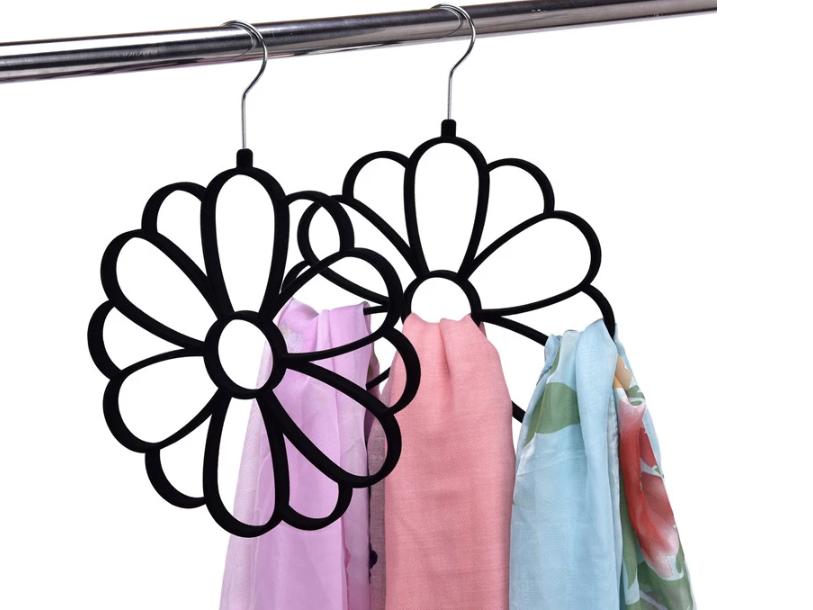Cintre d'écharpe en Forme de Fleur Noir