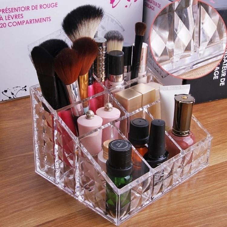 Rangement de Maquillage 7 Compartiments en Acrylique